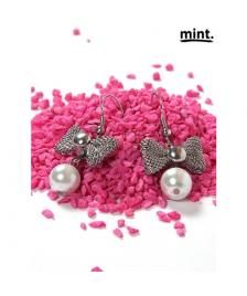 Mint Mint Ohrringe / Perlen/ Pearl & bow earrings, silver 001-White